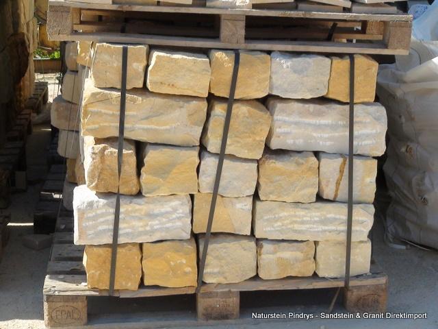 sandstein mauersteine 15x20x40 gespalten gespitzt sandstein natursteine ist ein. Black Bedroom Furniture Sets. Home Design Ideas